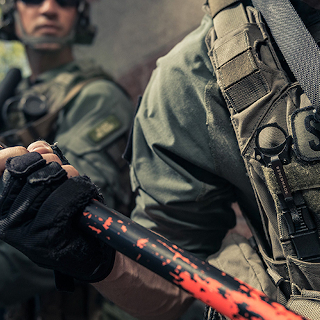 Soldiers using Benchmade